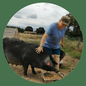 Claire, éleveuse de porcs gascons à Antagnac